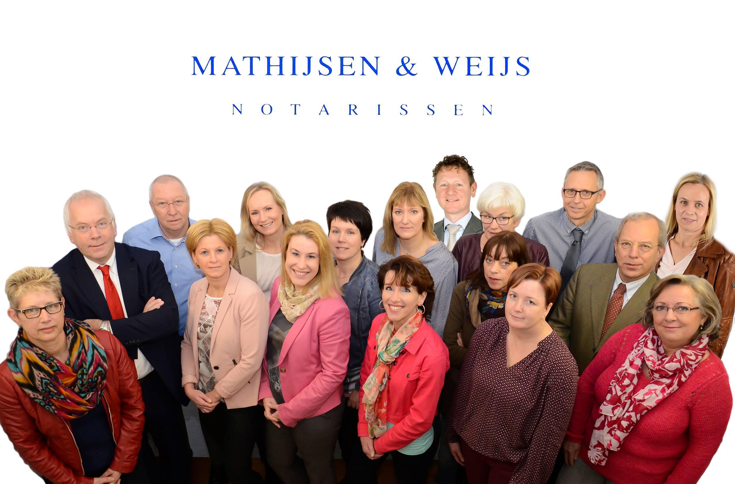 Groepsfoto-Mathijssen-en-Weijs-1-van-1-e1451382848476